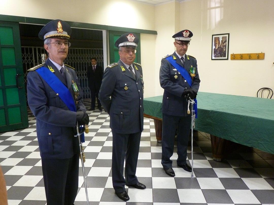 Genova stato di polizia related keywords genova stato di for Questura di brescia permesso di soggiorno online