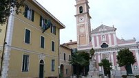 260px-Tovo_San_Giacomo-piazza_principale