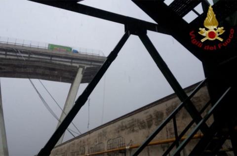 genova-crollo-ponte